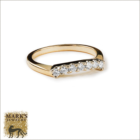 * 07487 Estate 14K TT 0.25 cttw Curved Diamond Band