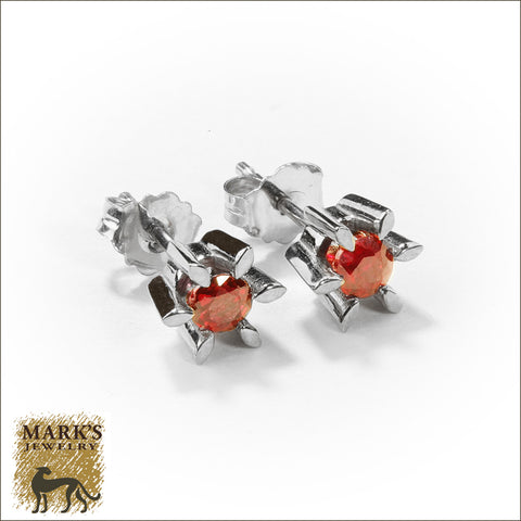 08439 Estate 14K White Gold Ruby Stud Earrings