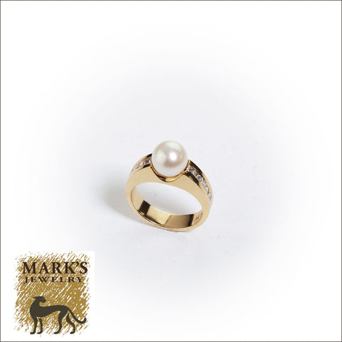 00005 14K Yellow Gold Pearl and Diamond Ring