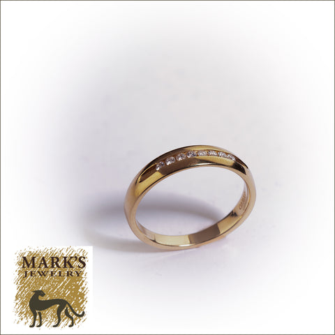 04418 14K Yellow Gold Diamond Band