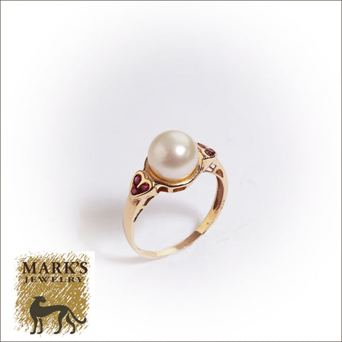 04843 Estate 14K Yellow Gold Pearl and Ruby Ring