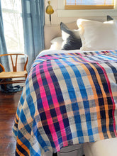Load image into Gallery viewer, Perfect plaid vintage Berber Moroccan blanket.