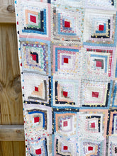 Load image into Gallery viewer, Sweet old log cabin quilt