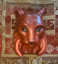 Load image into Gallery viewer, Lynx Impression Wood Carving - Cinnamon