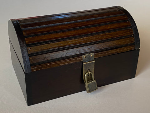 "Small Treasure Chest, 7.5"" x 4.75"" x 4.5"""