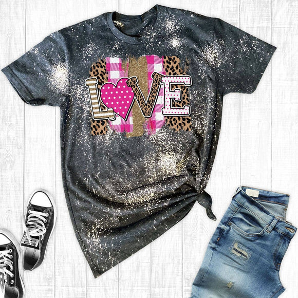 T-Shirt Distressed Patch Love