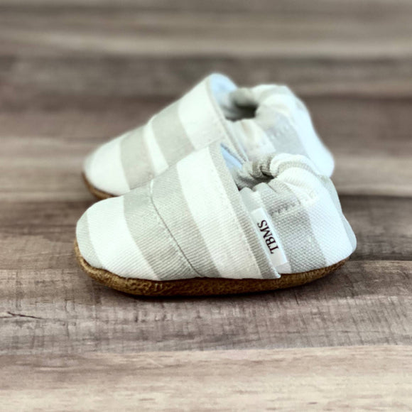 Grey and White Stripes Angled Moccasins, 3-6 months