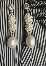 Load image into Gallery viewer, Indira Freshwater pearls and Crystal earrings