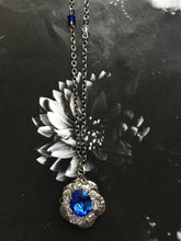 Load image into Gallery viewer, Blue Flower Swarovski Crystals Necklace