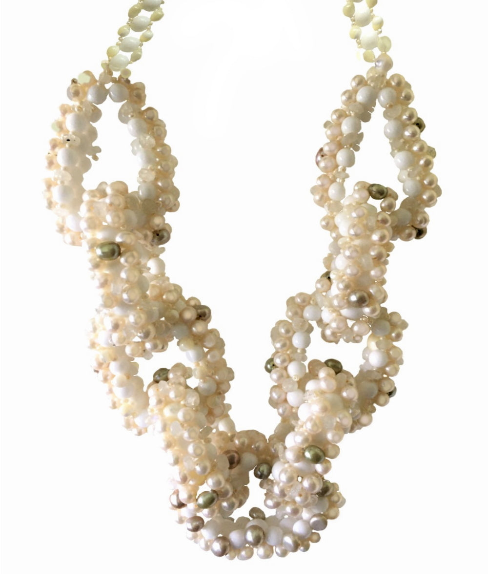 Ida Freshwater pearls and Moonstone link necklace