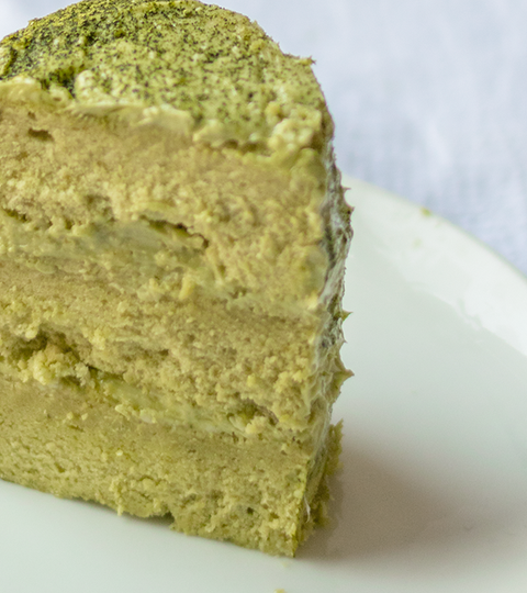 Matcha Chiffon Cake With White Chocolate Matcha Frosting