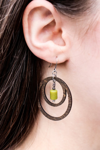 Earring - wood double circle design with bead