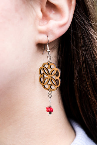 Earring - Rosette with bead
