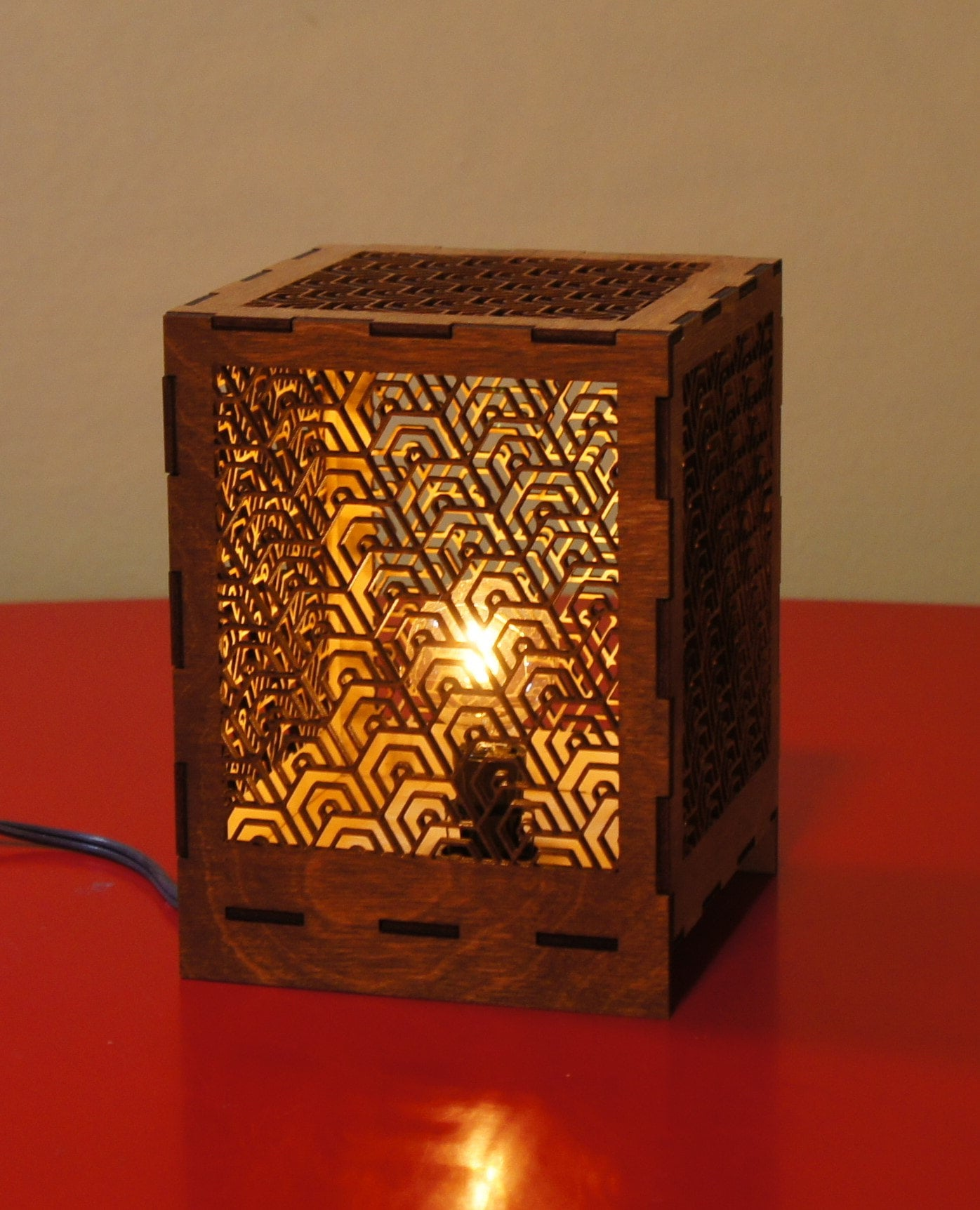 Desk Lamp - Deco Hex design
