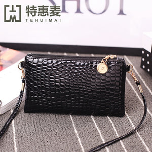 Super Fire Small Square Diagonal Crossbody Bag