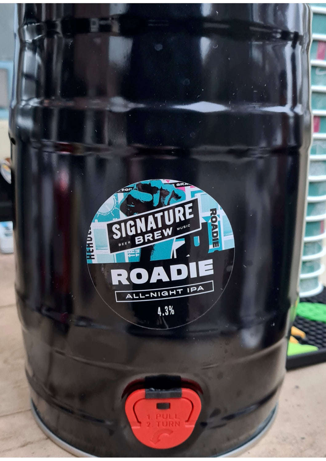Signature Brew ROADIE ALL-NIGHT IPA - 4.3% - 5Ltr Mini-Keg