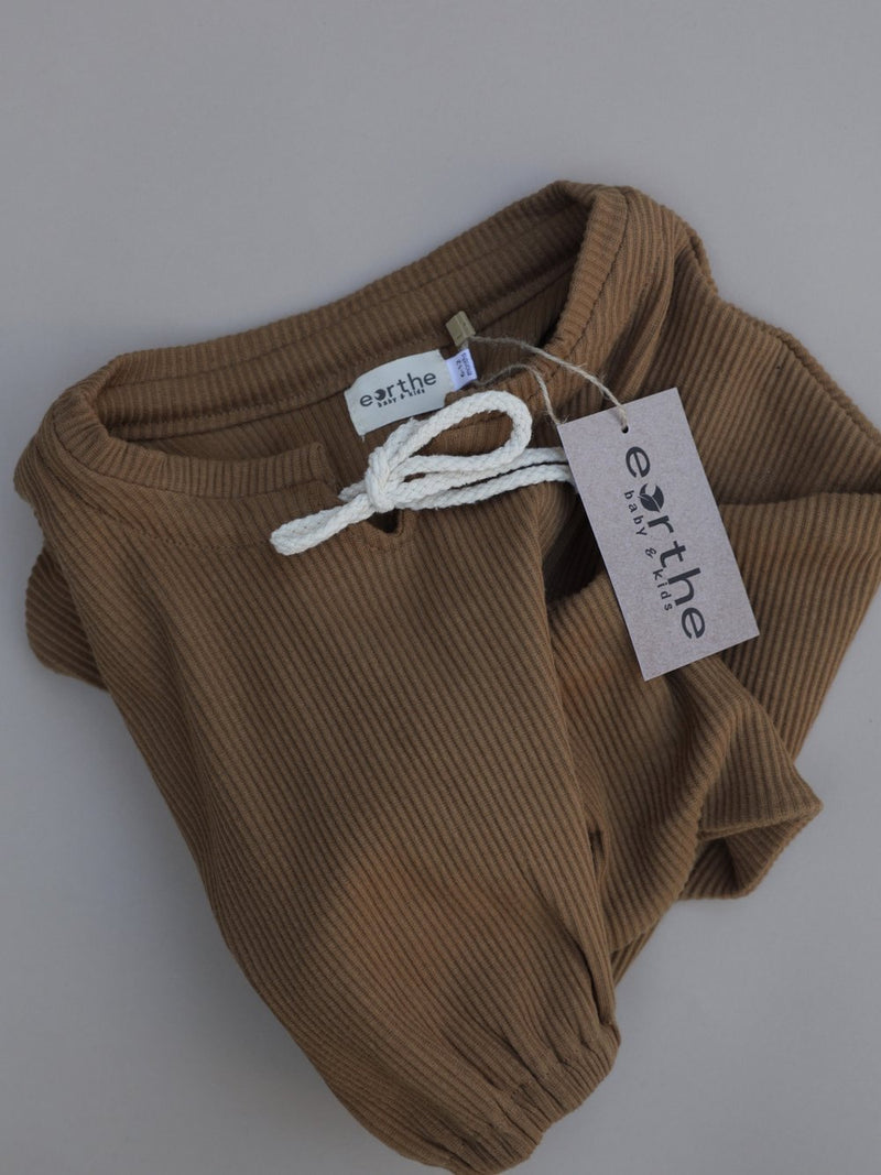 Ribbed Pullover- Almond