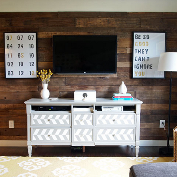 living room reclaimed wood wall