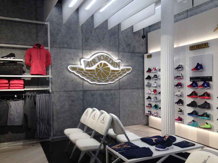 footlocker concrete store design