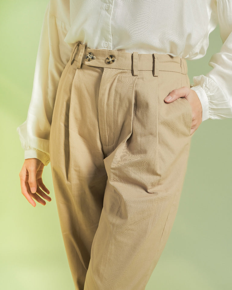 Khaki Da Hee Tapered Pants