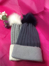 Load image into Gallery viewer, Ribbed Two Tone Faux Fur Bobble Hat (2 colours available)