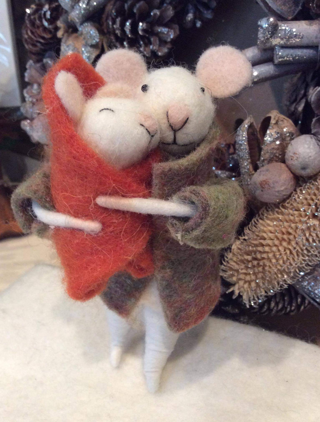 Mouse with Baby in Blanket Felt