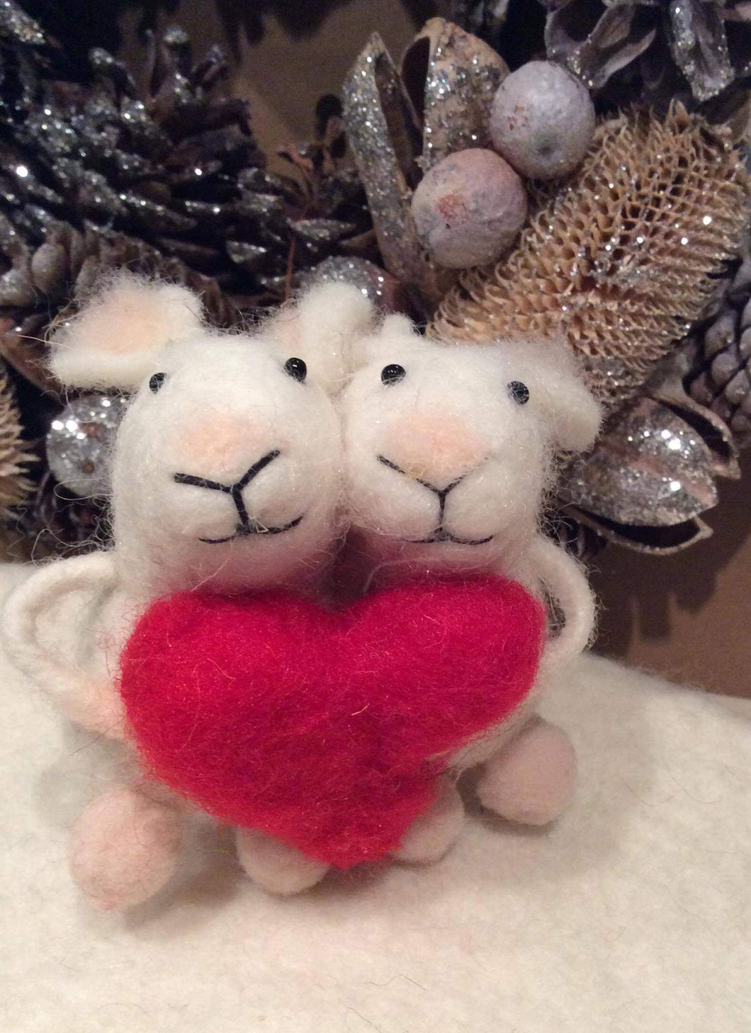 Two Mice with Heart Felt