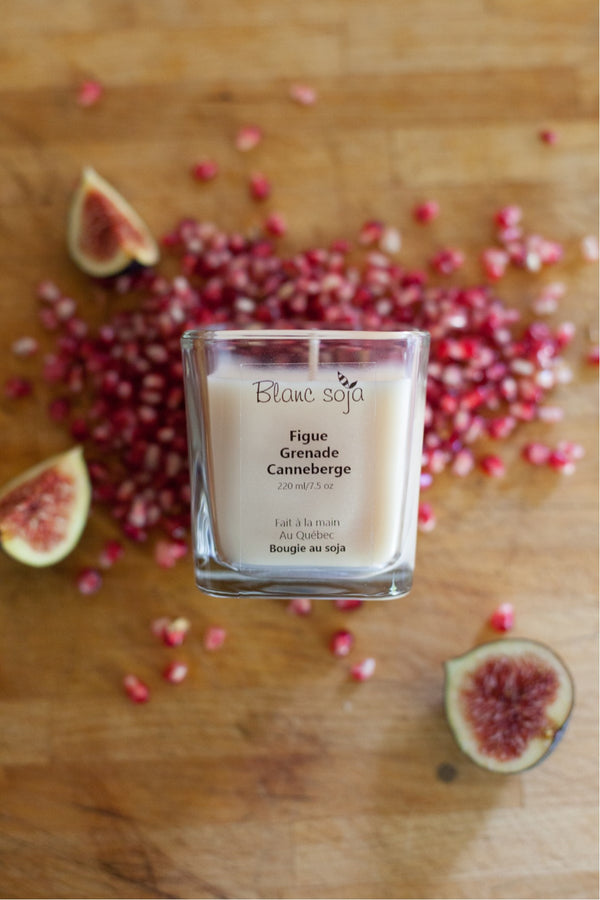 Soy Candle 220 ml - Fig, Pomegranate + Cranberry
