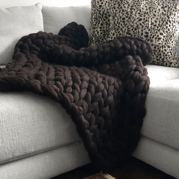 Large Chunky Knit Throw - 100% Hypoallergenic Merino Wool - Chocolate Brown
