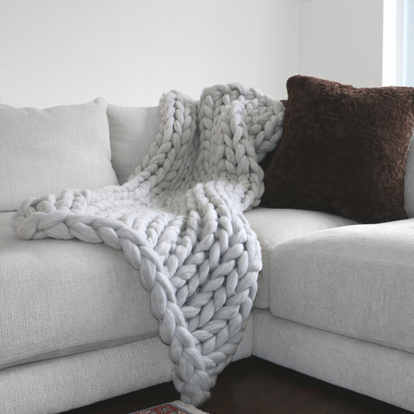 Large Chunky Knit Throw - 100% Hypoallergenic Merino Wool - Soft Grey