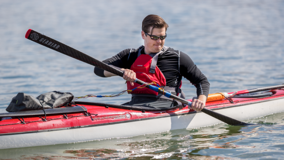 Gearlab Engineer Designs a Device to Test Stress on a Paddle