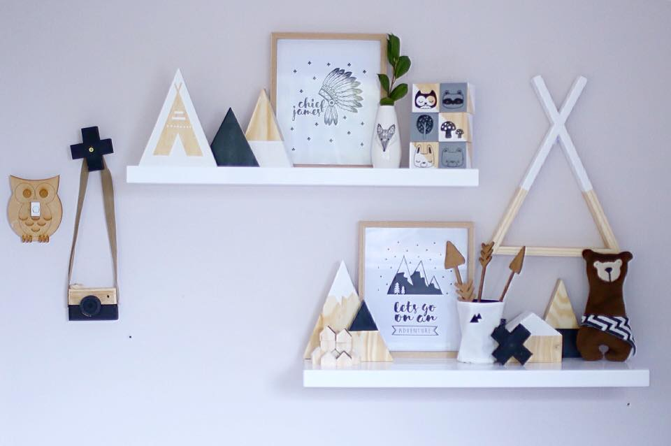 Monochrome kids bedroom decor