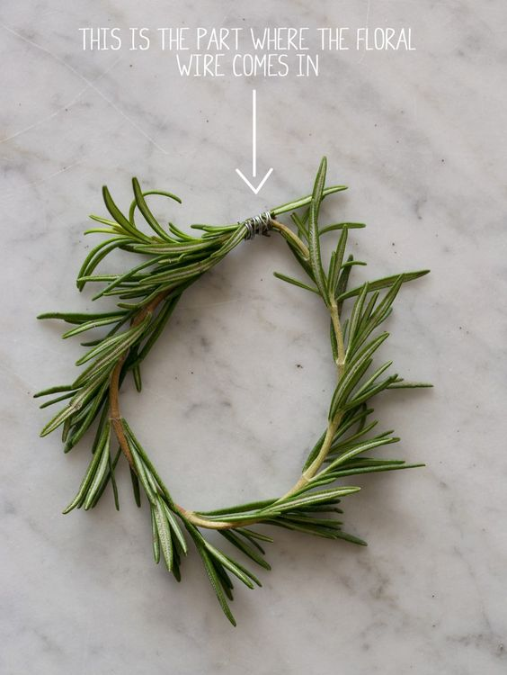 21 Days of gratitude DIY:  rosemary wreaths place cards