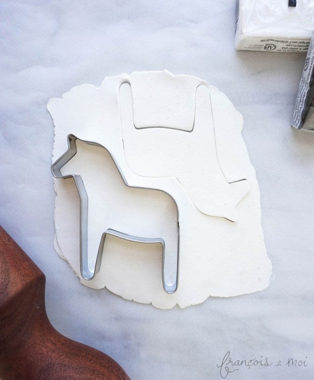 21 Days of gratitude DIY: Dala Horse Ornaments & Gift Toppers