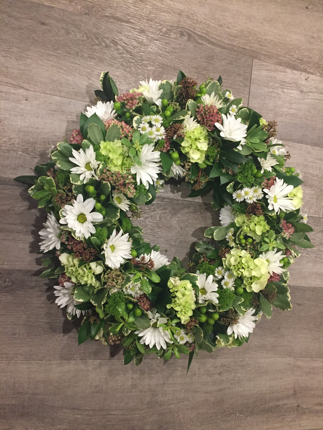 Daisy Fresh Flower Wreath