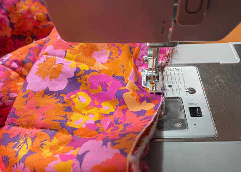 Sewing on quilt binding