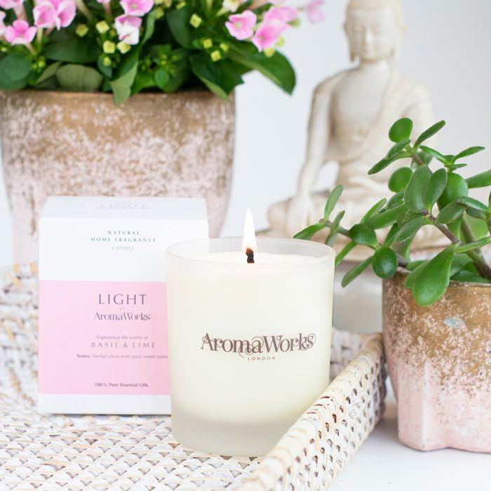Light Range Basil & Lime Candle 30cl Medium