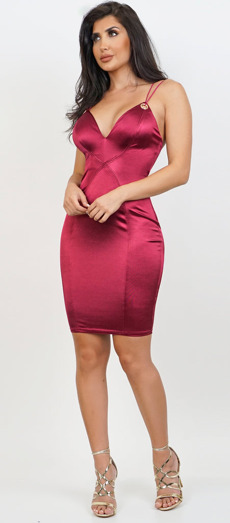 Shyla Burgundy Satin Midi Dress - Emprada