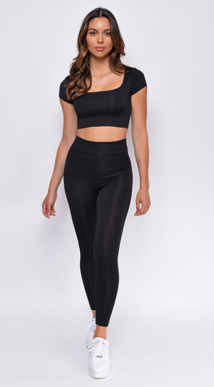 Ryah Black Square Neck Scrunch Butt Legging Set