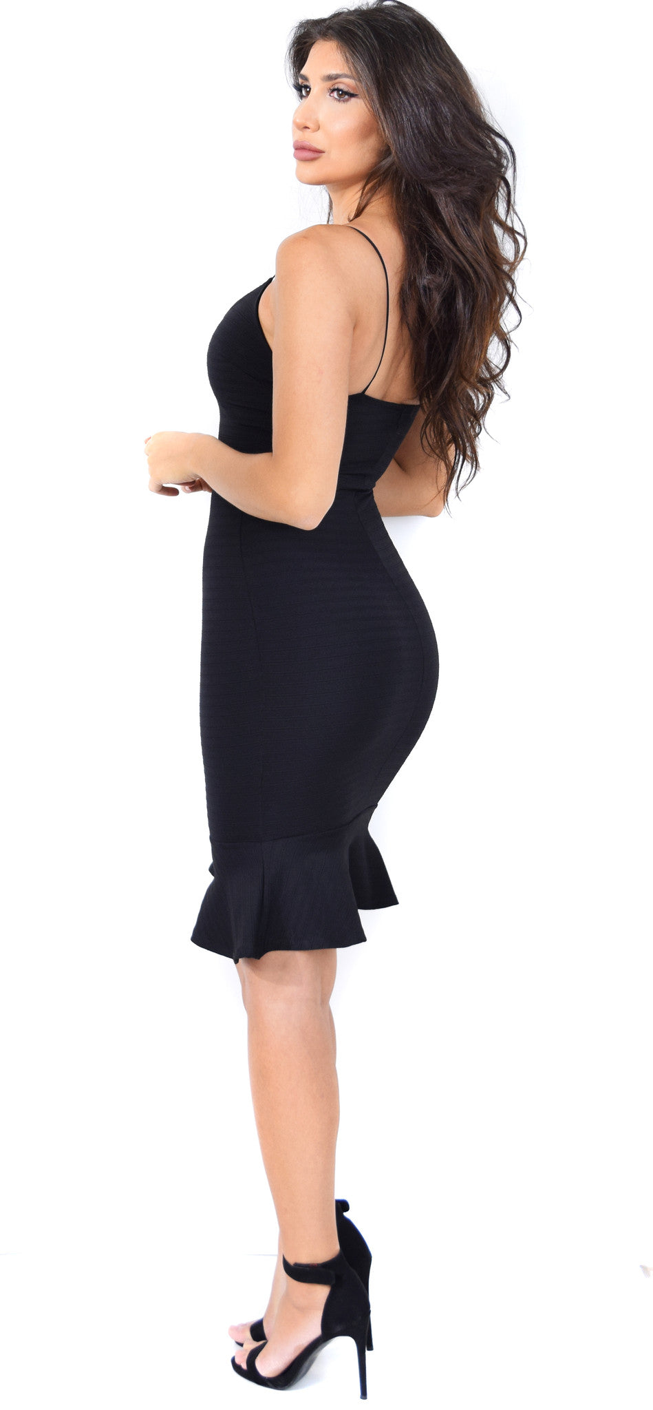 Elara Black Ruffle Bottom Dress - Emprada