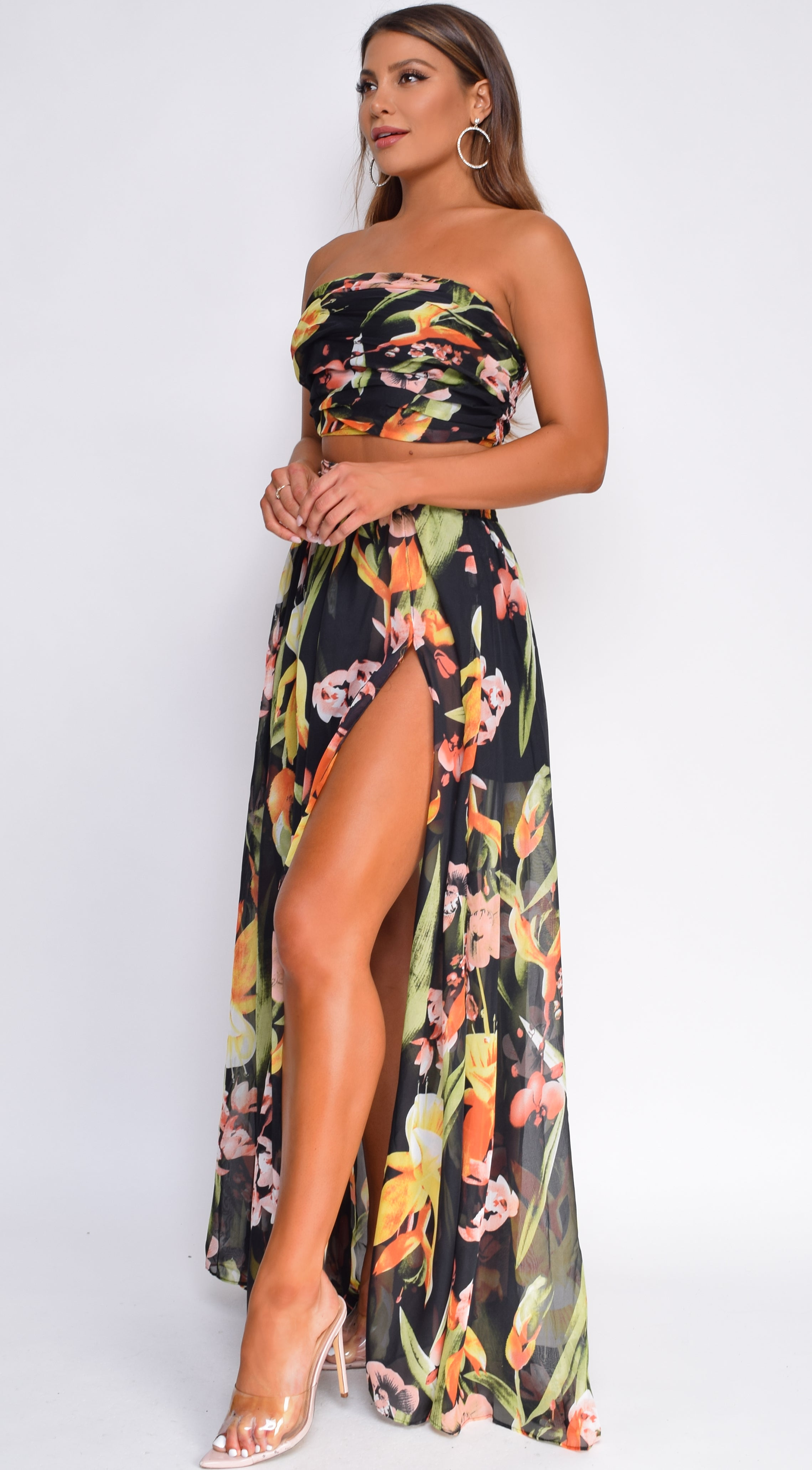 Tuiara Black Tropical Floral Print Top And Skirt Set