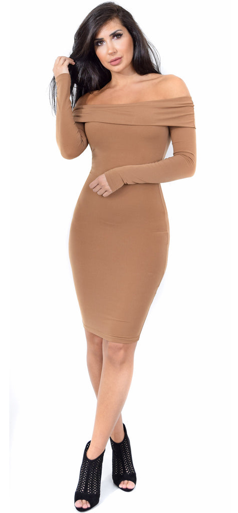 Jenelle Mocha Off Shoulder Midi Dress - Emprada