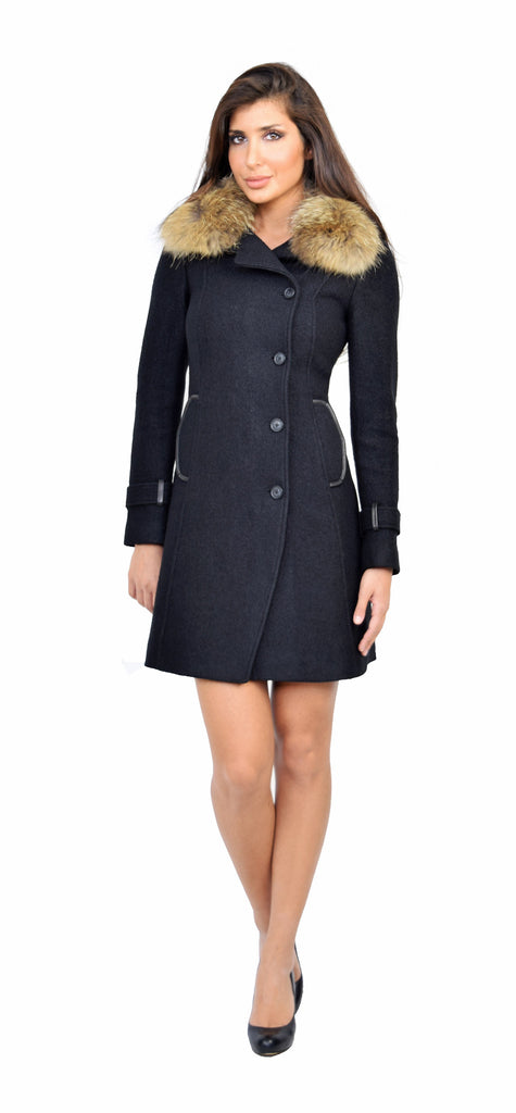 Ren Classic Black Fitted Wool Coat with Fur Collar - Emprada