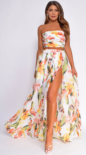 Tuiara White Tropical Floral Print Top And Skirt Set