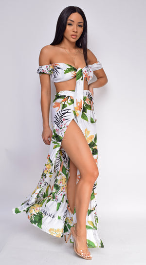 Bermuda White Tropical Floral Print Top And Skirt Set