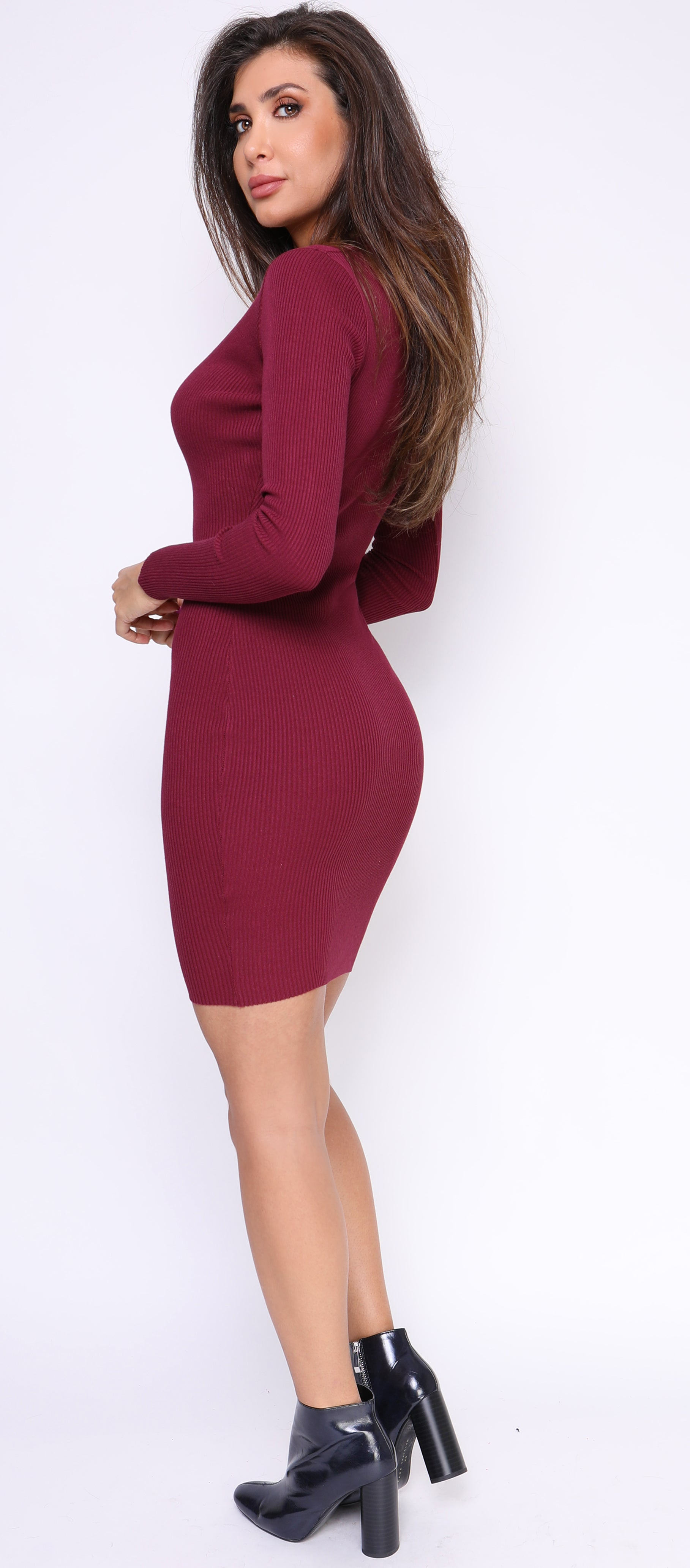 Calva Burgundy V Neck Ribbed Dress - Emprada