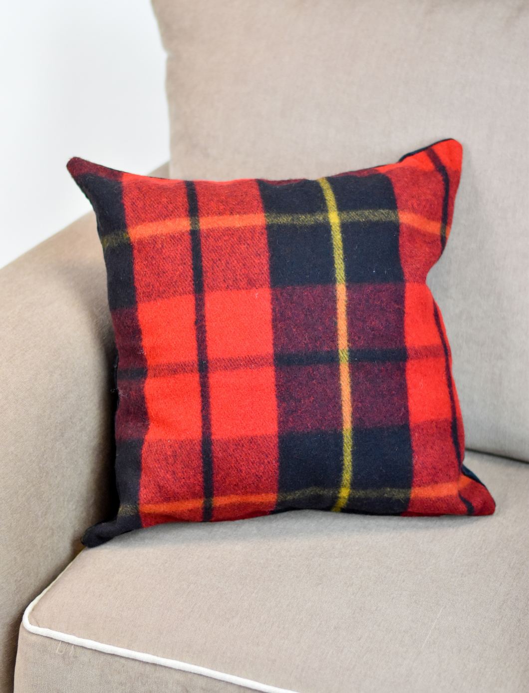 Coussin McLeod - Wallace du Canada - McLeod Heritage