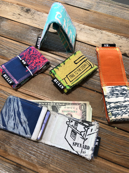 Card pouch cash wrap