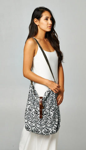 Ethnic Print Shoulder Bag Off White/Black