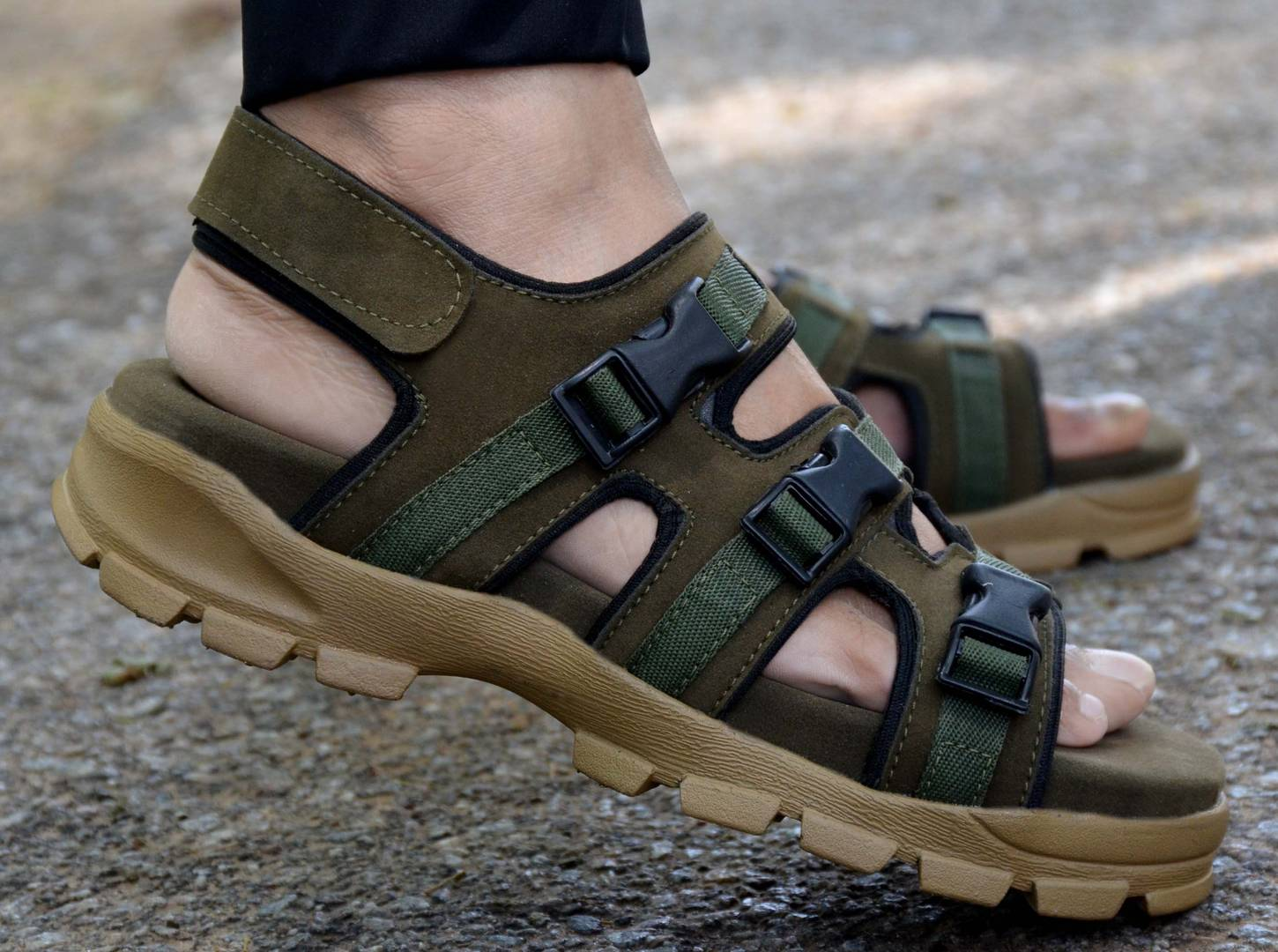 Olive Synthetic Self Design Comfort Sandals for Men's